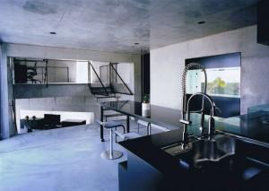 三角敷地の家 04